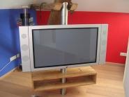 Fernsehhalterung aus Edelstahl